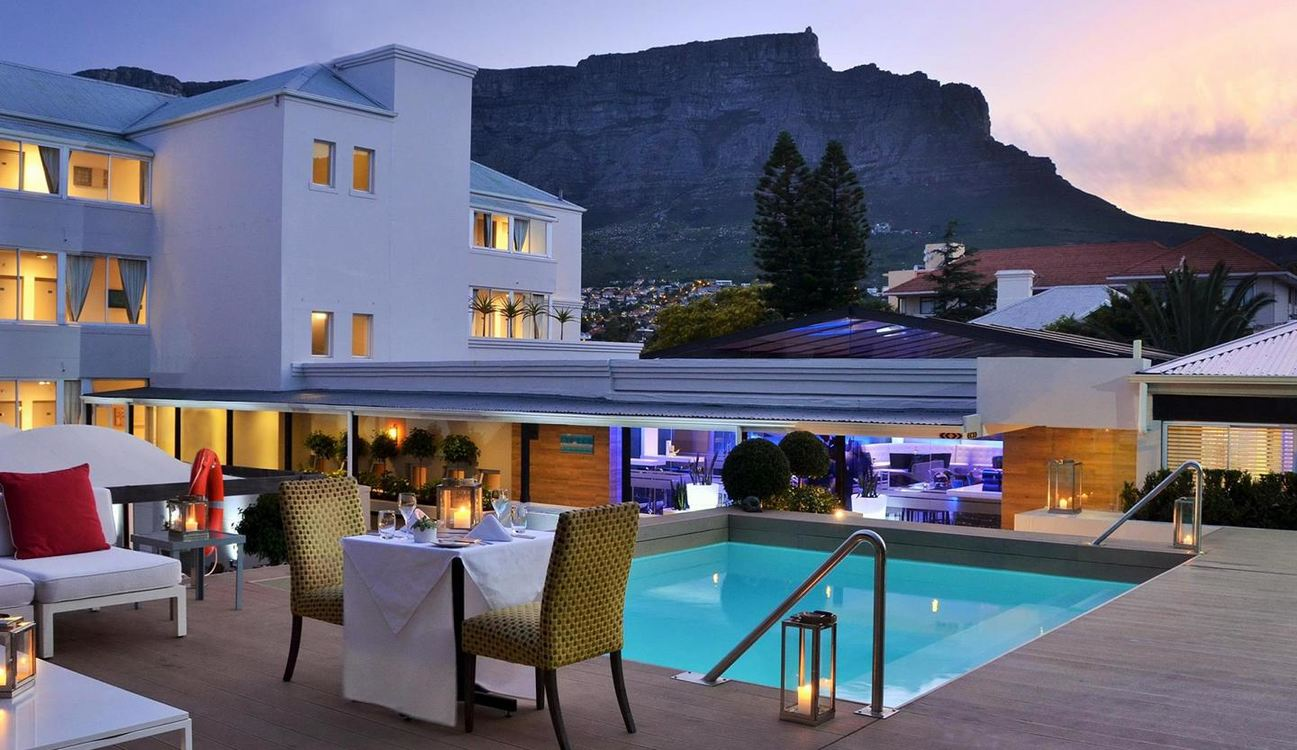 4 Star The Cape Milner Hotel for 2 nights from R1 945* pps - self drive