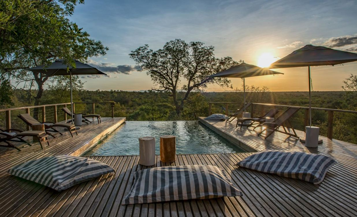 Simbavati Hilltop Lodge for 2 nights from R7 000* pps - self drive