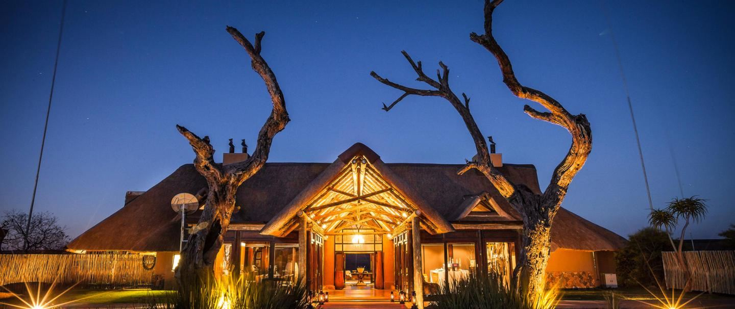 Nambiti Hills Private Game Lodge for 3 nights from R7 700 pps - self drive