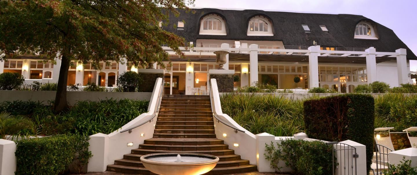 4 Star Le Franschhoek Hotel and Spa for 2 nights from R2 270* pps - self drive