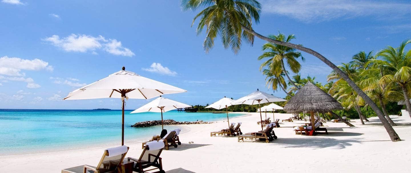 4 Star Reethi Faru Resort, Maldives for 7 nights from R30 700* pps