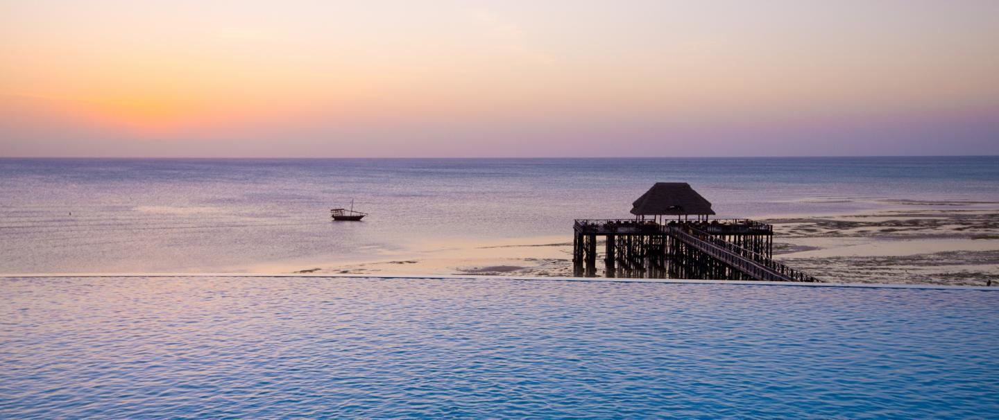 5 Star Sea Cliff Resort and Spa, Zanzibar for 7 nights from R16 350* pps