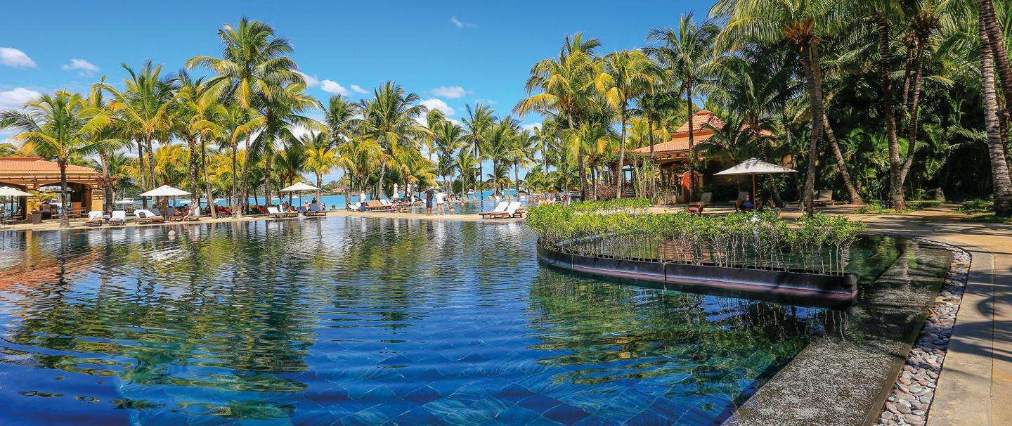 4 Star Mauricia Beachcomber Resort and Spa, 5 nights from R18 270 pps