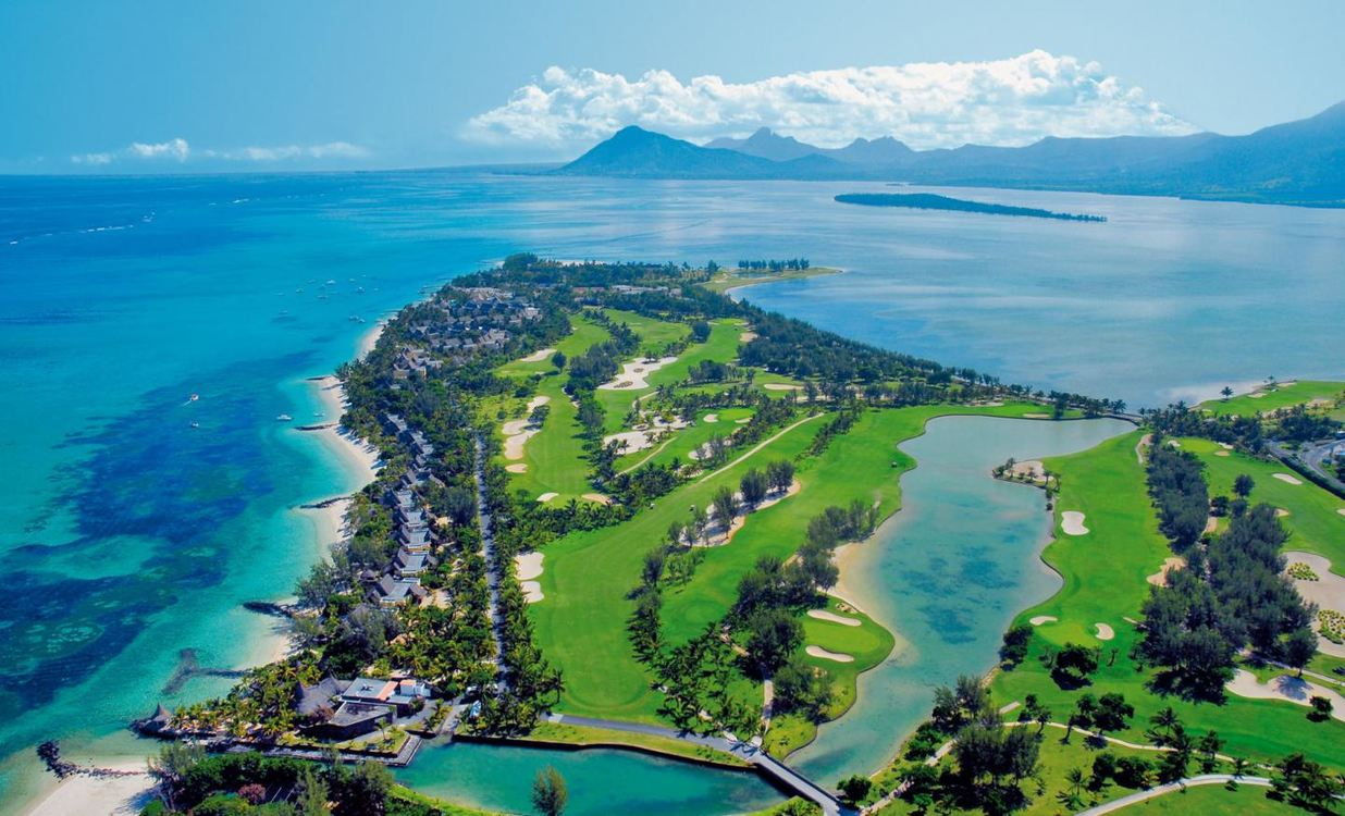 5 Star Paradis Beachcomber Golf Resort and Spa for 5 nights from R23 670 pps