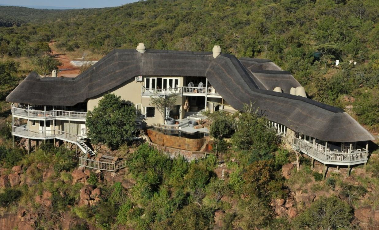 Five star Clifftop Exclusive Safari Hideaway, Limpopo for 2 nights from R6 025* pps - self drive