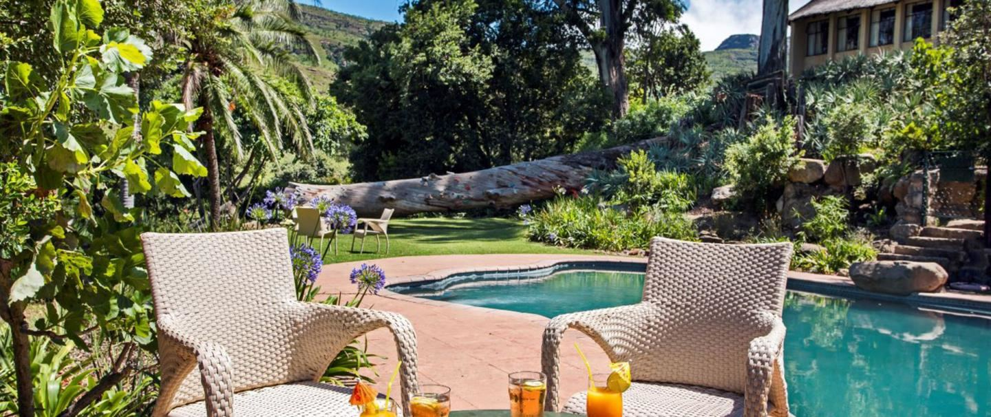 The Cavern Drakensberg Resort and Spa for 2 nights from R3 020 pps - self drive