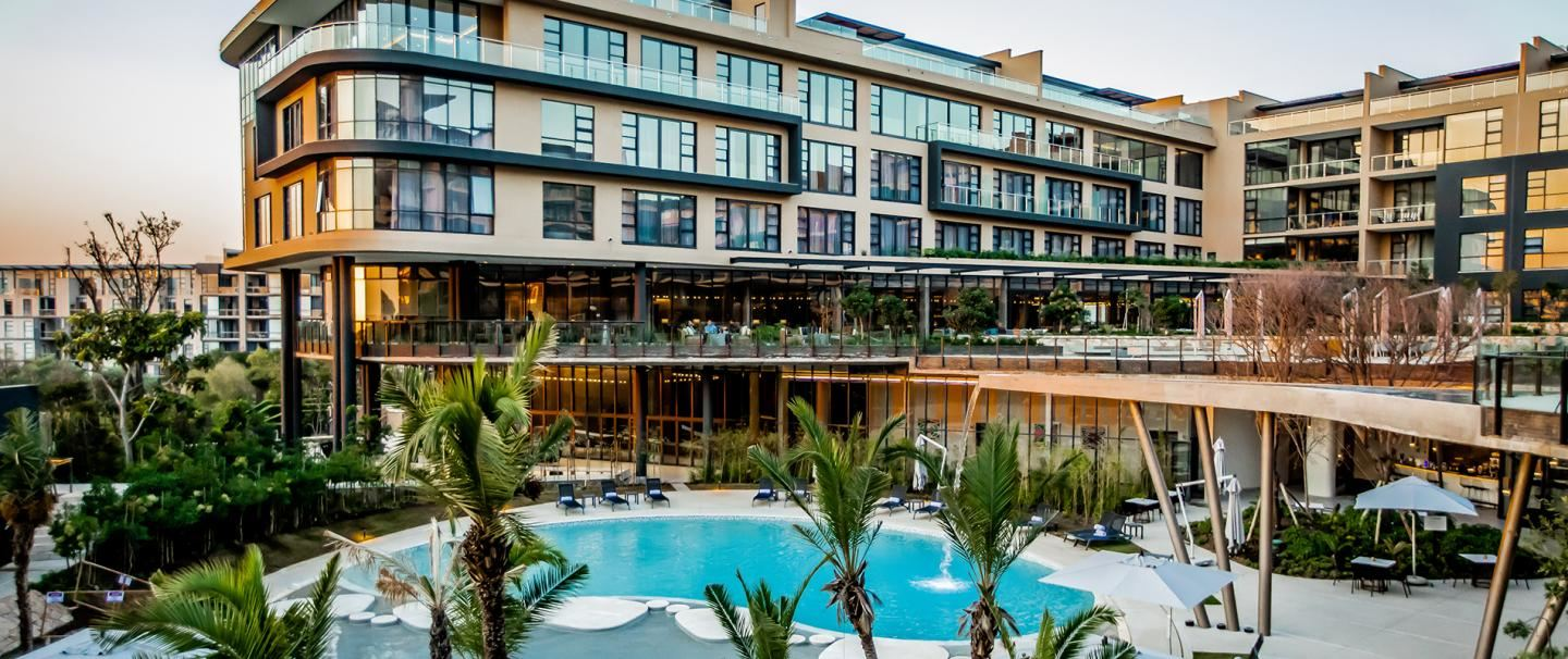 5 Star Houghton Hotel, Spa, Wellness and Golf for 2 nights from R3 180* pps - self drive