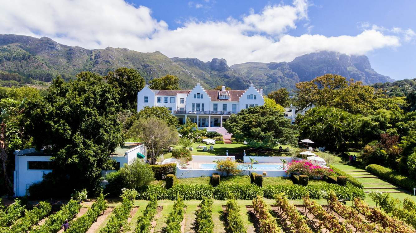 5 * Cellars-Hohenort - Pay for 2 stay for 3 / Pay for 3 stay for 4 / Pay for 5 stay for 7