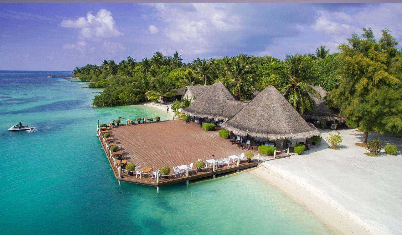 4 Star Adaaran Select Hudhuranfushi, Maldives for 7 nights from R28 545 pps