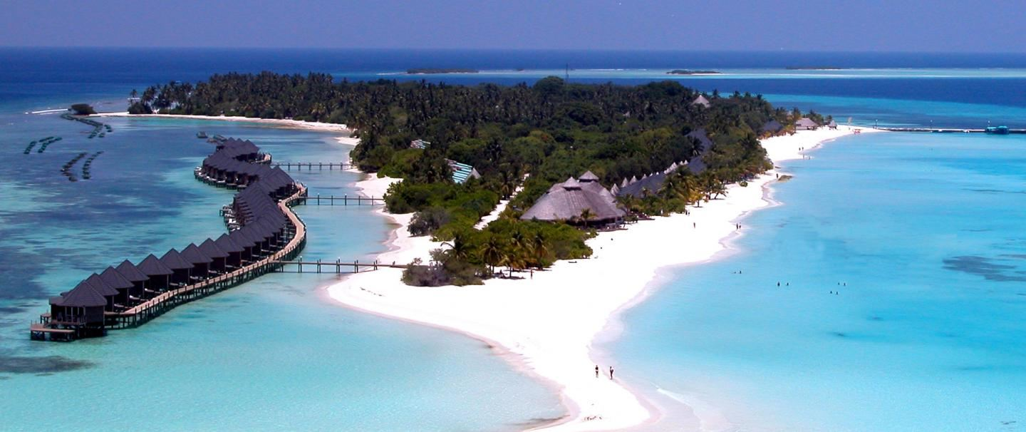 4 Star Kuredu Island Resort and Spa, Maldives for 7 nights from R24 900 pps