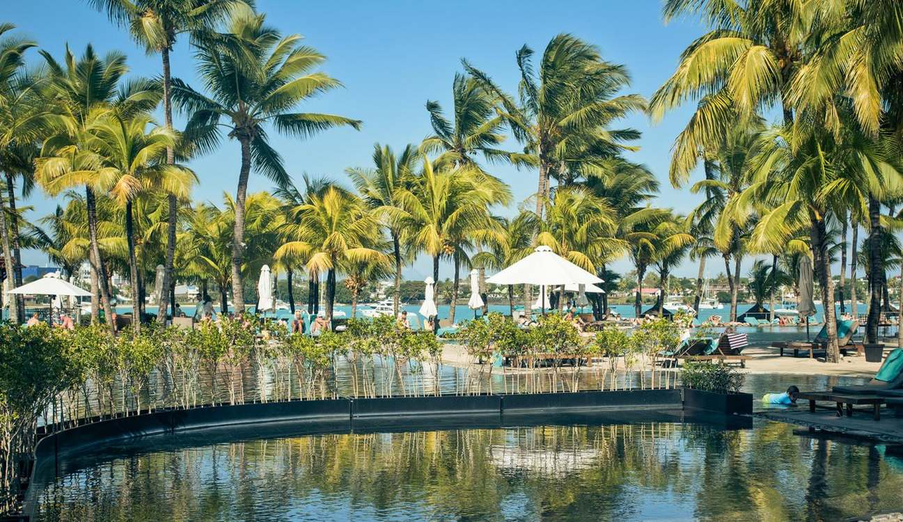 4 Star Mauricia Beachcomber Resort & Spa for 7 nights from R20 090 pps