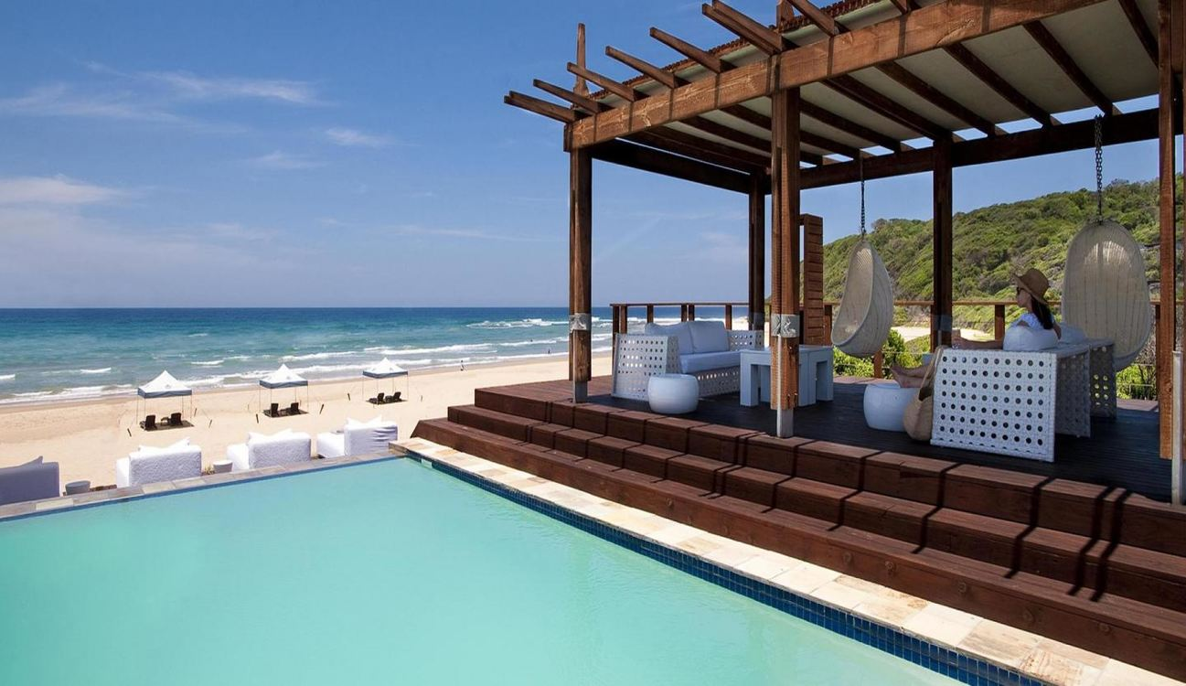 5 Star White Pearl Resorts, Mozambique for 4 nights from R19 730 pps - self drive