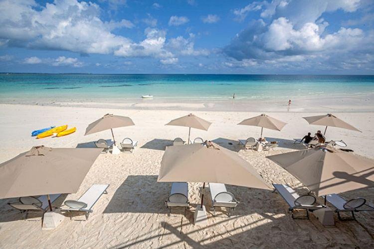 5* Bluebay Beach Resort & Spa - Zanzibar Package (7 Nights)