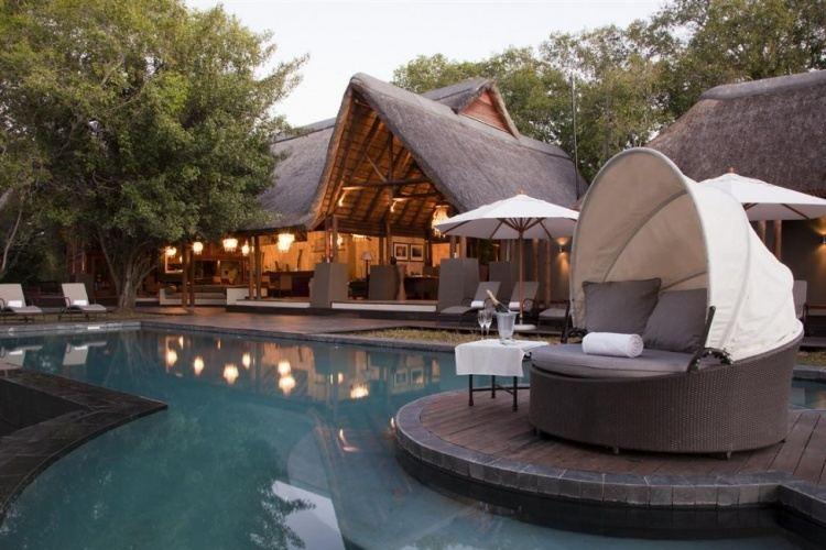 5* Royal Chundu Luxury Zambezi Lodges - Victoria Falls Package ( 3 Nights)